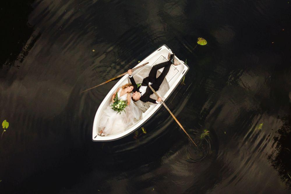 Sesja Ślubna na Łódce, Sesja Dywan, sesja na łodzi,